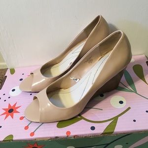 Merona beige peep toe wedge